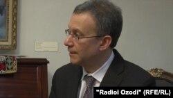 Заместитель помощника госсекретаря США по делам Южной и Центральной Азии Даниель Розенблюм.