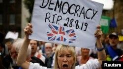 Demonstracije u Londonu nakon suspendovanja britanskog parlamenta