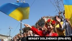 Соцопитування: 41,3% українців вважає, що Україна здатна подолати проблеми та труднощі протягом найближчих кількох років