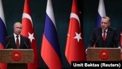 Vladimir Putin və Tayyip Erdogan mətbuat konfransında