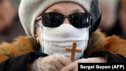 Mjere o zabrani okupljanja koje je država Crna Gora uvela zbog epidemije korona virusa, pratila je i Katolička crkva, pozivom vjernicima da izbjegavaju okupljanje u crkvama