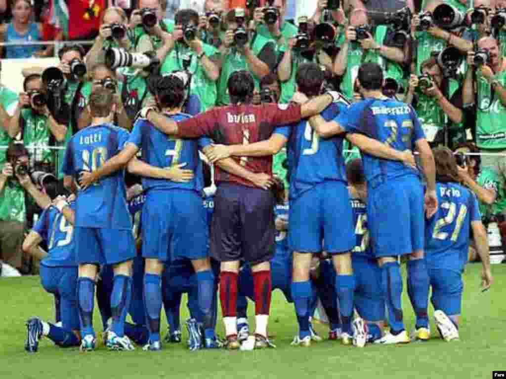 تیم فوتیال ایتالیا فاتح جام جهانی در سال گذشته