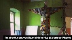 """""""Мусорный Иисус"""", инсталляция для фестиваля """"Пространство множественности"""""""