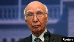 په بهرنیو چارو کې د پاکستاني وزیراعظم سلاکار سرتاج عزیز