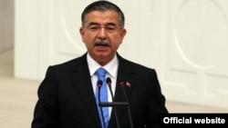 Архивска фотографија-министерот за образование на Турција Исмет Јилмаз