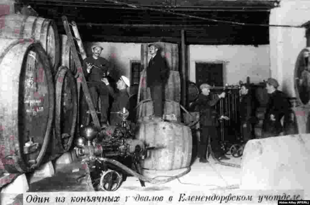 German settlers built homes, schools, workshops, and wineries. The Russian text on this photograph identifies this as a cellar storing cognac. Archival photos courtesy of vinagro.az