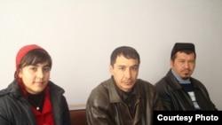 Роҳатой Раҳимова яқинлари билан.