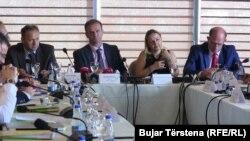 Pamje nga konferenca , 22 qershor 2016