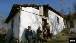 Familje e kthyer serbe (foto arkiv)