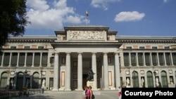 Все работы по реконструкции произведены позади главного здания музея Прадо, с фасада изменения незаметны