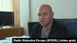 Putuju i sekretari: Damir Bećirović