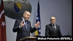 Kryeministri turk Recep Tayyip Erdogan, dhe kryetari i Këshillit të Ministrave të Bosnjes ,Vjekoslav Bevanda.