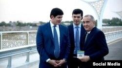 Младший зять президента Узбекистана Отабек Умаров (слева) и мэр Ташкента Джахонгир Артыкходжаев.