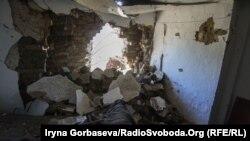 Разрушенный дом в Гнутово, 19 октября 2016 года