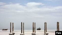 باقی ماندههای دریاچه ارومیه