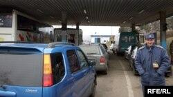 Иллюстрационное фото. КПП на украинско-словацкой границе, Закарпатье