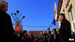 Избори 2016 - Претседателот на ВМРО-ДПМНЕ Никола Груевски ги посети општините Могила и Новаци