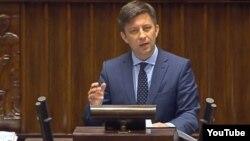 Міхал Дворчик, головний доповідач з питання постанови говорить що вона не спрямована проти України
