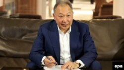 Курманбек Бакіеў