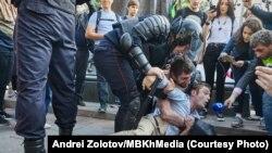 La protestele de la Moscova