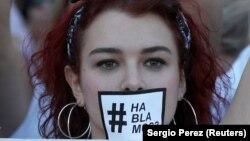 La o demonstrație spaniolă în favoarea dialogului cu catalanii pro-independență
