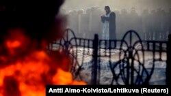 Несмотря на некоторое затишье в Киеве днем в воскресенье, ближе к вечеру ситуация начала обостряться.
