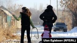 Кыргызстанда калктын 38% жакыр жашайт.