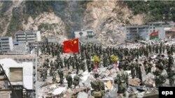 زلزله چین تاکنون ۵۱ هزار کشته و حدود 5 میلیون بی خانمان برجای گذاشته است. (عکی از epa)
