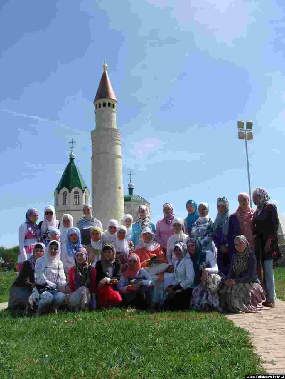 11-17 июль көннәрендә Казанда V Мөселман яшьләре фестивале үтте - Фестивальдә кызлар азрак иде