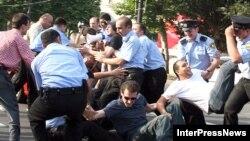 Бывший президент страны Михаил Саакашвили не пожелал наладить диалог с гражданским обществом