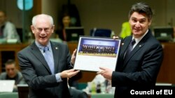 Президент Європейської ради Герман Ван Ромпей та хорватський прем'єр Зоран Миланович