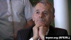 Мустафа Джемилев на выездном заседании Меджлиса