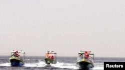 دورية نهرية تجري تمارين في بحيرة الرزازة