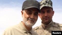 حضور میدانی قاسم سلیمانی در عملیات شبهنظامیان عراقی علیه نیروهای خلافت اسلامی در اسفند ۹۳