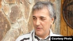 Шоир Шамшод Абдуллаев