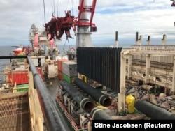 Спорудження газопроводу «Північний потік-2» (Nord Stream 2) у Балтійському морі. 13 вересня 2019 року