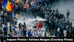 București, Piața Victoriei: ciocniri între demonstranți și forțele de ordine, 10 august 2018.