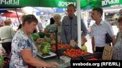 На Давыдаўскім рынку ў Гомелі - кавуны фэрмера Залескага