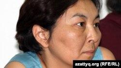«Алға» оппозициялық партиясының белсендісі Айжангүл Әмірова. Алматы, 7 маусым 2011 жыл.