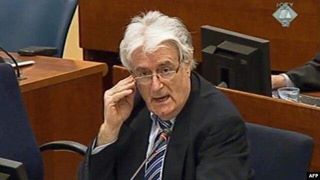 Radovan Karadžić u sudnici
