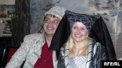 Гасьцей музэя вітаюць шляхціц Завальня з жонкай