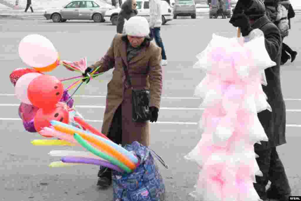 День Святого Валентина в Бишкеке #14