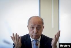 Глава МИД Франции Лоран Фабиус недоволен крымской поездкой французских депутатов