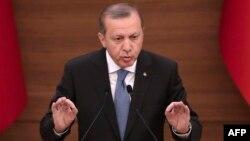 Recep Tayyip Erdoğan, 19 aprel, 2016