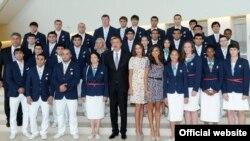 На церемонии проводов Олимпийской сборной Азербадйжана, 10 июля 2012