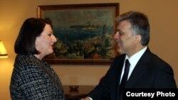 Presidentja e Kosovës Atifete Jahjaga takon presidentin turk, Abdullah Gyl