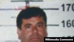گوزمن قبلا از زندان فرار کرده بود