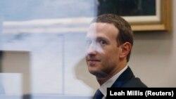Марк Цукерберґ