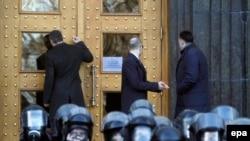 Liderii opoziției, Vitalii Klitschko, Arseni Iațeniuk and Oleh Tiahnibok la protestele de la Kiev