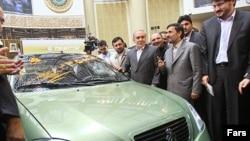 محصول جدید شرکت «سايپا» که در ابتدا با نام «مینیاتور» معرفی شد ولی پس از مخالفت رهبر جمهوری اسلامی با این نام، به خودرو «تیبا»، غزال، تغییر نام یافت.
